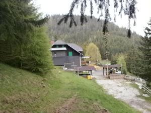 Oskar-Schauer-Sattelhaus.