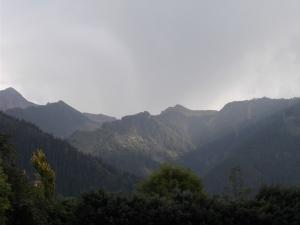 Und ja, man sieht sie, die Edelhütte, von Mayrhofen aus (Wer findet sie?).