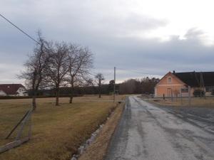 Durch die Siedlung Neuberg.