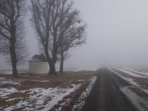 Bald sah es dann so aus. Im Nebel bei der Dreifaltigkeitskapelle knapp vor Weingraben.